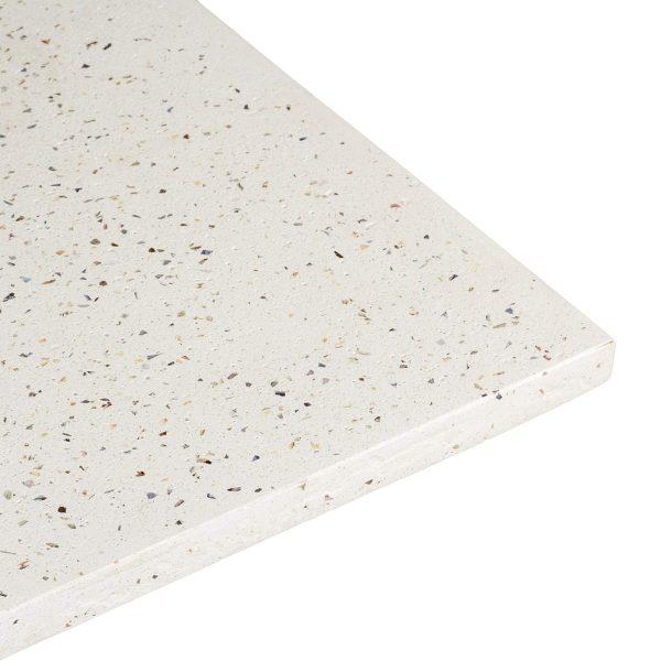 Plateau blanc pour table.