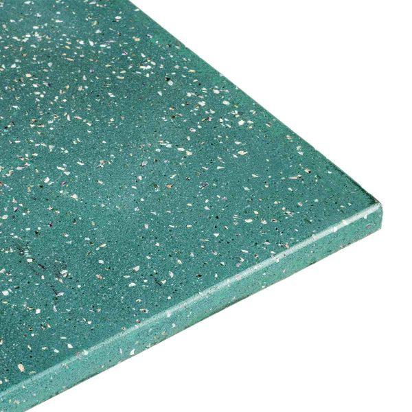 Plateau vert pour table.