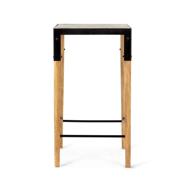 Tables hautes de design.