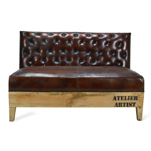 long bench or sofa capitone.