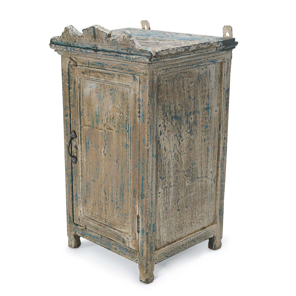 meubles vintage pour les habitu s de l 39 achat en ligne. Black Bedroom Furniture Sets. Home Design Ideas
