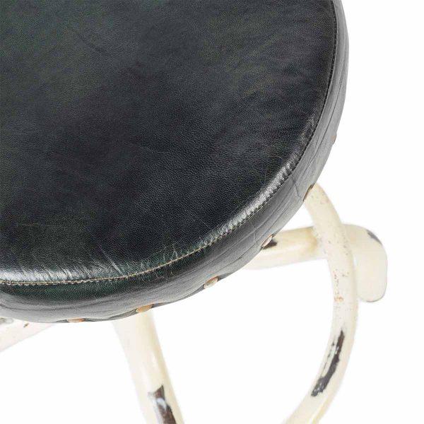 Low stool Broker.