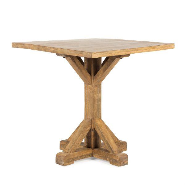 Mesas de madera.