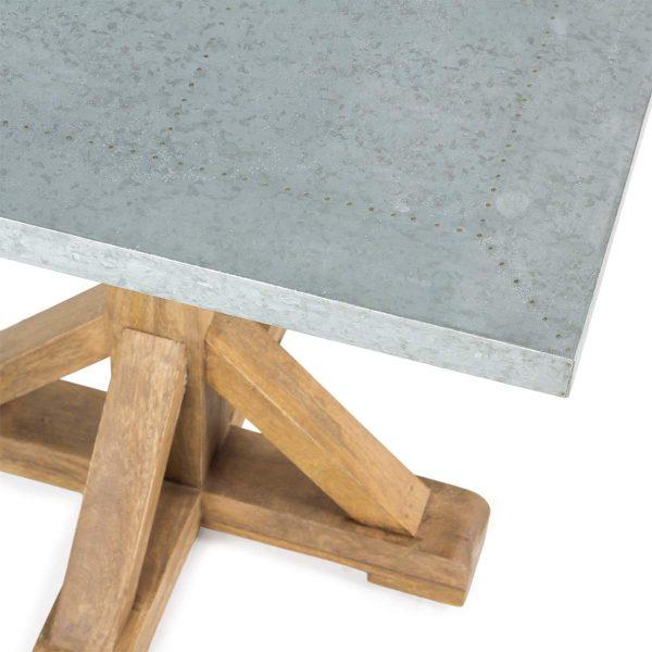 Table carrée pour hôtellerie.