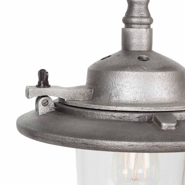 Lampe industrielle vintage.