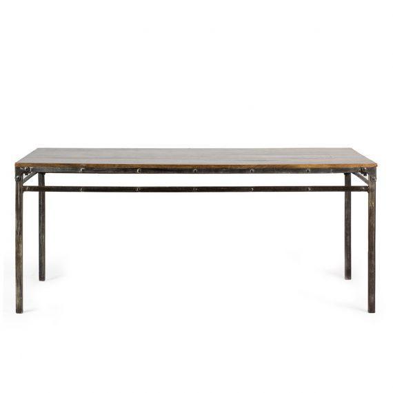 Tables de bar avec plateau rectangulaire.