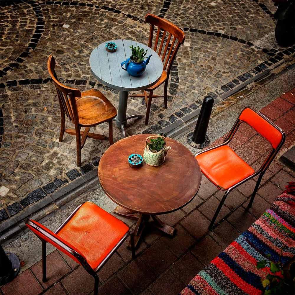 Design surprenant de bars et de cafétérias.