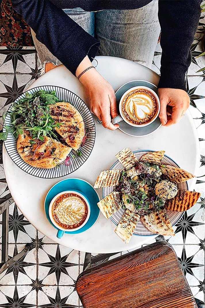 Cuando un restaurante tiene buena estrella... Café Alula, Nueva York.