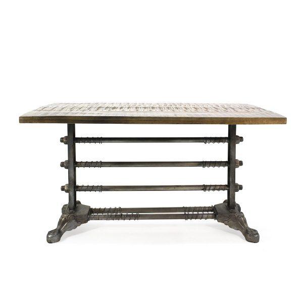 Mesas de estilo industrial.