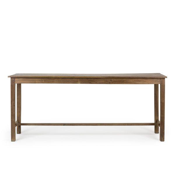Mesas rusticas de madera antigua.