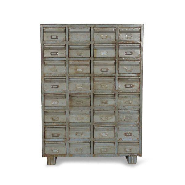Archiveur métallique antique.
