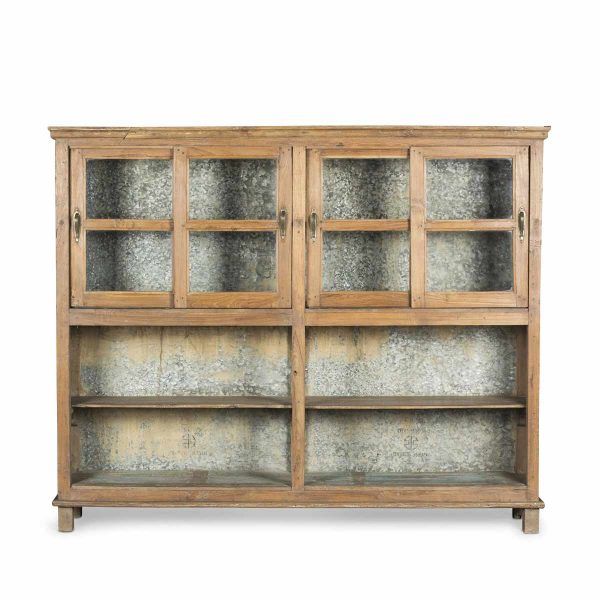 Second-hand display cabinet.