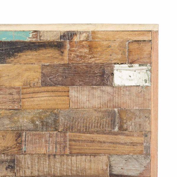 Panneaux en bois pour murs intérieurs.