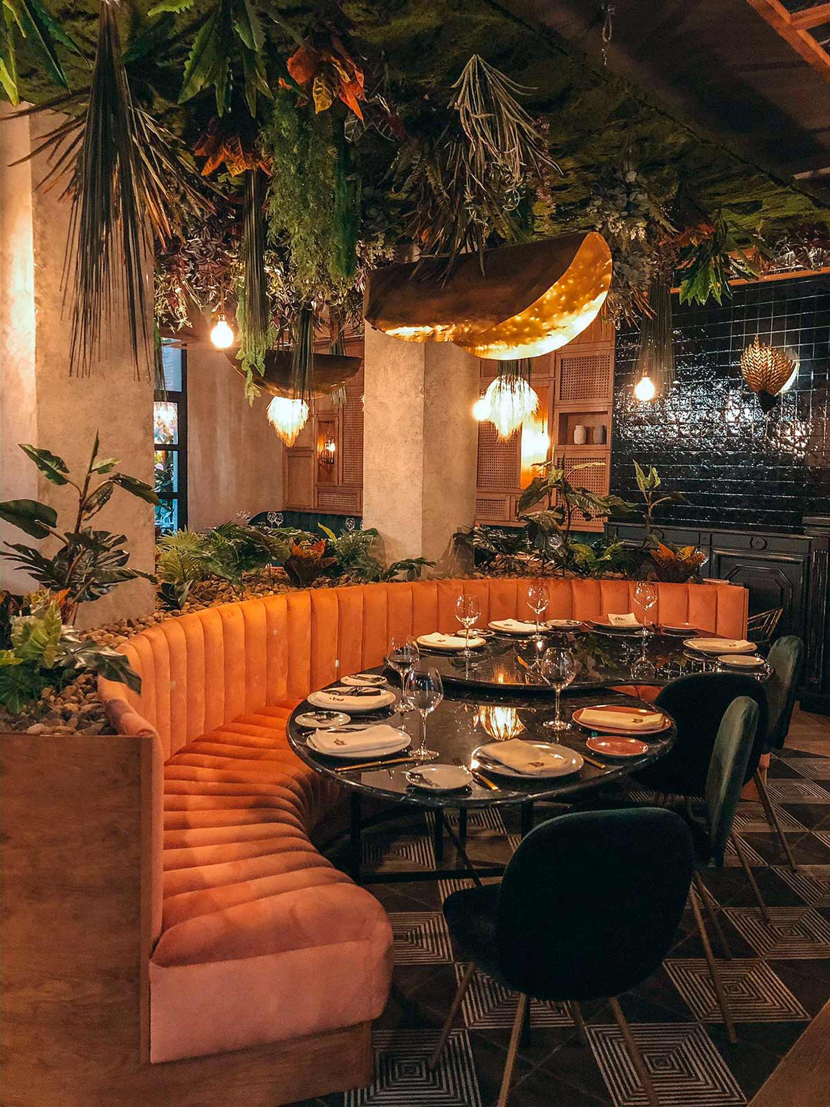 Décoration pour restaurants exotiques.